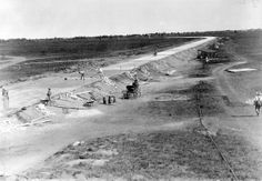 vintage everyday: Long Island Motor Parkway Under Construction, New York, 1908