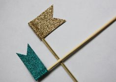 DIY glitter cocktail swizzle sticks (could also be done for cupcake / cake decor)