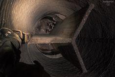 """Fotos von der verlassenen Sinteranlage im Ruhrgebiet. Außderdem: Bilder ihres riesigen Schornsteins (von innen!), von ihren stählernen """"Eingeweiden"""" und von den tunnelartigen Bunkern - dem OP- und dem Honigbunker! Ein Video der Sprengung ist auch dabei. Viel Spaß! :)  Lost Places - Urban Exploration - Urbex- Fotografie - verlassene Orte - Ruhrgebiet: http://www.sagtmirnix.net"""