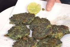 Paua (aka Abalone) Fritters, yum! Kiwiana, Island Food, Mamma Mia, Fritters, I Love Food, Soul Food, Real Food Recipes, Crowd, Seafood