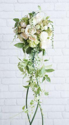 ホワイトローズ シャワーウェディングブーケ / アートフラワー(造花)【楽天市場】 Wedding Bouquets, Wedding Flowers, Silk Floral Arrangements, White Rooms, White Houses, Green Plants, Seasonal Decor, White Flowers, Floral Wreath