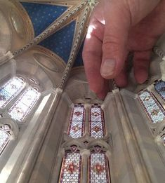 Gallery of See How a Brooklyn Artist is Creating a Miniature Scale-Model of a Gothic Cathedral from Scratch - 11 See How a Brooklyn Artist is Creating a Miniature Scale-Model of a Gothic Cathedral from Scratch Apse. Image Courtesy of Ryan McAmis Miniature Crafts, Miniature Houses, Brooklyn, Gothic Cathedral, Leaded Glass, Model Building, Dollhouse Miniatures, Dollhouse Ideas, Fantasy Miniatures