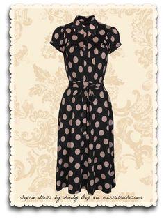 """Robe rétro style années 40 modèle """"Sophie""""  à gros pois moka sur fond noir, une création de Lindy Bop fabriquée en Angleterre"""