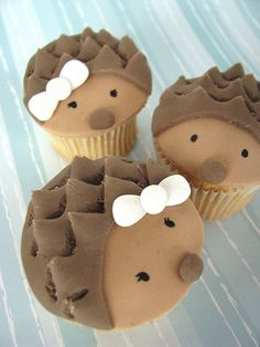 Even hedgehogs are cute as cupcakes! :-).