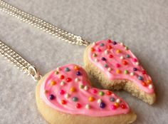 So cute.. BFF sugar cookie necklaces for my Sugar Sisters <3
