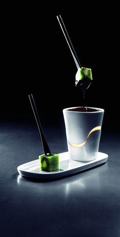 beautiful chocolate fondue set