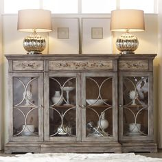 Mlange Adelaide Console Set Up In Dining Room Hooker Furniture Painted