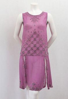 Beaded chiffon flapper dress, circa 1926 via Vintage Textile archives.