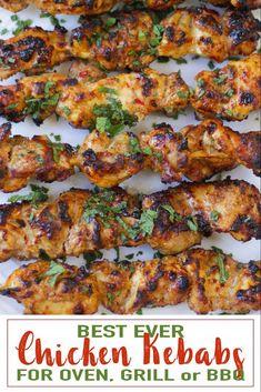 Easy Chicken Kebab Recipe, Greek Chicken Kabobs, Chicken Thigh Recipes Oven, Grilled Chicken Skewers, Oven Chicken, Chicken Kebabs In Oven, Chicken Kabob Marinade, Chicken Recipes, Spinach Recipes