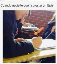 New memes en espanol chistosos escuela Ideas Memes Humor, New Memes, Memes Funny Faces, Stupid Funny Memes, Hilarious, Mexican Memes, Spanish Memes, Relationship Memes, Sarcastic Humor