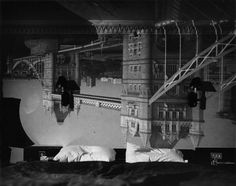 Abelardo Morell, Camera Obscura image of the Tower Bridge in the Tower Hotel Beautiful Landscapes, Beautiful Images, The Tower Hotel, Art Nouveau, Bridge Camera, Miro, Camera Obscura, Art En Ligne, Objet D'art