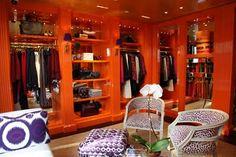Prettty sure I am painting my laundry and closet high gloss orange!!