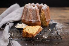 Kokosnuss Gugelhupf zuckerfrei Bundt Cakes, Bread, Food, Coconut Flakes, Ring Cake, Coconut, No Sugar, Cooking, Food Food