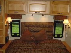 2007 Used Itasca Suncruiser 38T Class A in Florida FL.Recreational Vehicle, rv, Up for sale is my very nice Class A Gas motor home. I am a private seller and this is my private coach, I am not a dealer and do not want to talk to any dealers or solicitors for me to list my RV. This RV is in excellent shape, NEVER smoked in, and shows like a new shinny penny! I have been very particular about cleanliness and maintenance on this vehicle, and it shows! I have religiously performed oil changes to…