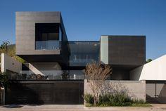 CH #House / GLR #Arquitectos