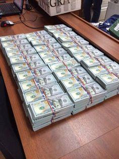 Мент антикоррупционер держал дома три тонны денег: Гэбистская мафия превратила…