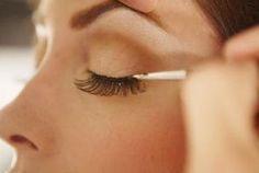 How to Nourish Your Eyelashes thumbnail