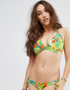 09ff9152a0 Get this Asos s bikini top now! Click for more details. Worldwide shipping.  ASOS