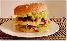 Hot Dogs, Hamburger, Mac, Chicken, Ethnic Recipes, Food, Burger With Egg, Ground Meat, Salads