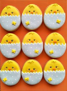 Celebrate Easter with the best Easter cookies. Here are the best Easter Sugar Cookies ideas. These Easter cookies decoration with royal icing are so cute. No Egg Cookies, Fancy Cookies, Iced Cookies, Holiday Cookies, Sugar Cookies, Carrot Cookies, Easter Cupcakes, Easter Cookies, Easter Cake
