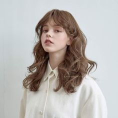 Hair styles wavy hair beauty 39 super I Aesthetic People, Aesthetic Girl, Aesthetic Women, Portrait Inspiration, Hair Inspiration, 3 4 Face, Trendy Hairstyles, Pretty Face, Pretty People
