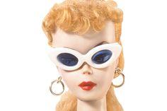1959 Teenage Fashion Model Barbie throwing shade