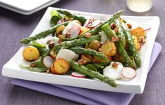 A yummy recipe from the Vegetarian Society for a new potato and asparagus salad