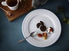 SANNING bord | #IKEA #IKEAnl #nieuw #gehard #slijtvast #zoet #romantisch #servies #stijl #mixen #matchen #materialen #vormen