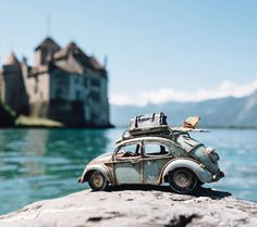 via Kim Leuenberger auf Instagram:  Kings and castles. Another place I went to during my #grandtraintour of Switzerland at the weekend was Montreux couldnt go down south to Lausanne without stopping there. On an other note Ive started watching Game of Thrones and Im completely hooked! Just started season 2 no spoilers please     #Fotografie #photography #Reisefotografie #TravelPhotography