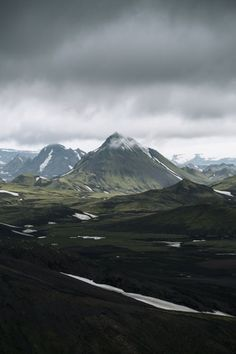 mountainside - theme | into the wild - camping - mountains - moody - incredible - aesthetic - wilderness - backpacking - hiking - cloudy - adventure - nature - explore - wanderlust - trip - travel - vacation - discover places - bucket list - idea - ideas - inspiration - landscape photography
