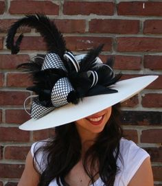 Official Hat Designers of the Kentucky Derby Festival Tea Party Outfits, Derby Outfits, Tea Party Hats, Outfits With Hats, Fancy Hats, Cool Hats, Big Hats, Official Hats, Kentucky Derby Outfit