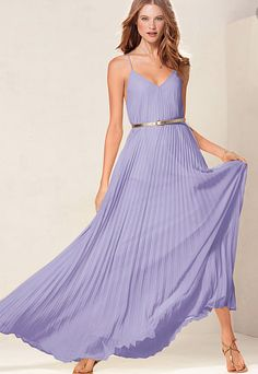 pretty pleated maxi dress  http://rstyle.me/n/irvmhpdpe