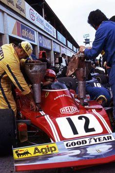 Niki Lauda (Ferrari 312B3) Grand Prix de Grande Bretagne - Brands Hatch 1974 - Grand Prix - Fascination Formula 1.
