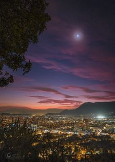 Great Planetary Alignment Over Santiago De Chile, acquired 6th August 2016.