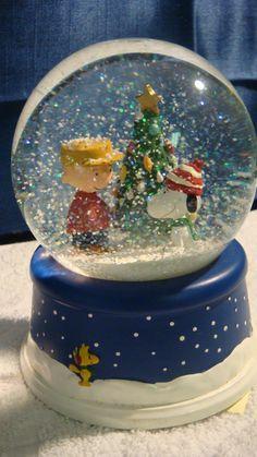 Charlie Brown Christmas Snow Globe