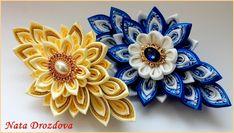 Одноклассники Diy Ribbon, Ribbon Work, Ribbon Flower, Fabric Flowers, Blue Flowers, Ribbon Sculpture, Kanzashi Flowers, Flower Earrings, Baby Headbands