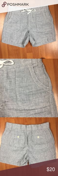 Athleta striped linen shorts Athleta striped linen shorts size 6  measurements 10in rise 14in outseam 5in inseam 16in waist Athleta Shorts
