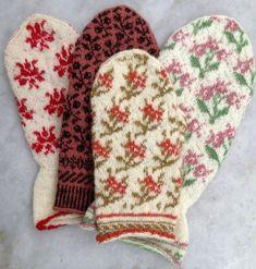 Nu duggar det tätt, med nya stickböcker. Från Gotland. Äntligen kommer den mest eftertraktade stickboken! Den med de utsökt sti... Double Knitting Patterns, Knitted Mittens Pattern, Wool Applique Patterns, Crochet Gloves, Knit Mittens, Knitted Hats, Wrist Warmers, Hand Warmers, Tejidos