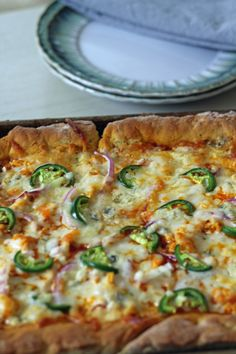 Homemade Gluten Free Buffalo Chicken Jalapeno Pizza | The Fit Nut