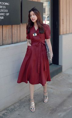 Miamiyu K - Miamasvin Short Sleeve Wrap Dress, Miamasvin Square Accent Sandals - Wine