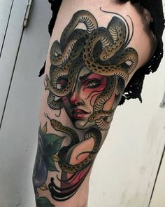 Just got this Medusa tattoo by from the Dreams Collide studio in Lancaster, PA Medusa Tattoo, Witch Tattoo, Snake Tattoo, Badass Tattoos, Head Tattoos, Body Art Tattoos, Sleeve Tattoos, Tattoo Life, Tattoo Blog