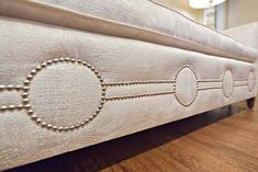 nailhead trim, this would be FLY on that burlap covered box spring Anyone can create a residence sweet residence, even when the price range . Furniture Projects, Furniture Makeover, Diy Furniture, Mirrored Furniture, Repurposed Furniture, Furniture Making, Diy Projects, Cama Box, Nailhead Trim