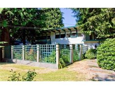 Mid-Century Modern Lewis Post and Beam House for Sale: West Vancouver, BC. $949,000