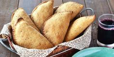 Pastelzinho de aveia, linhaça e mandioca: receita é deliciosa e super rápida de fazer   Dicas & Receitas