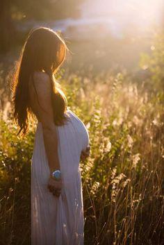 Maternity Photo & Pregnancy Announcement Ideas