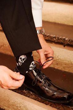 skull socks for a Halloween groom, or even all the guys in wedding Skull Wedding, Gothic Wedding, Wedding Goals, Wedding Attire, Purple Wedding, Dream Wedding, Vampire Wedding, October Wedding, Fashion Moda