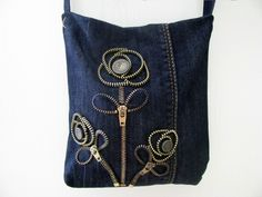 Free Denim Purse Patterns | denim bag with flowers made of zippers