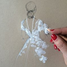 Paper Fashion Illustrates A Wedding Gown from Oscar de la Renta's New Collection | Bridal and Wedding Planning Resource for Wisconsin Weddings | Wisconsin Bride Magazine