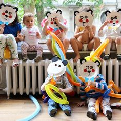 cutest panda's masks from Mer Mag's Playful via @marta365sonrisas perfect for a birthday shindig!  #playfultoysandcrafts #playfulmasks