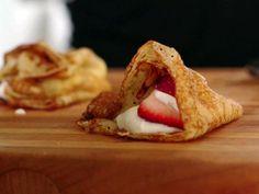 Get Icelandic Ponnokukur Recipe from Food Network